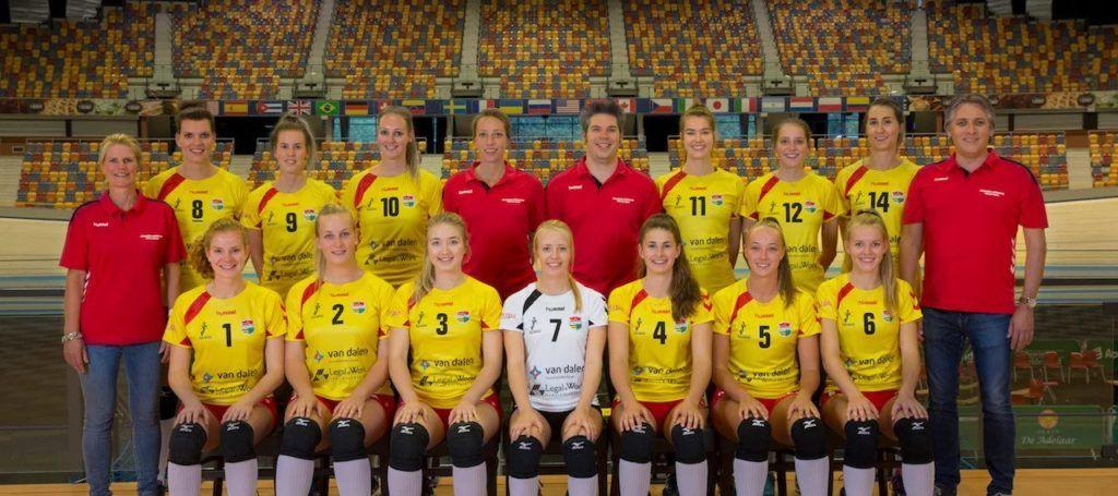 Dames-1-teamfoto